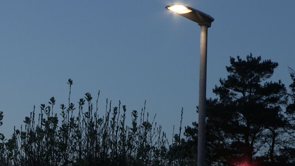 Altadena Nights – The Conversion of Altadena to LED Street Lights